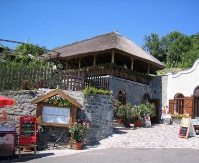 Badacsony Rózsakő borpince és étterem